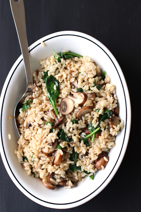 Brown rice with spinach and mushrooms cook n easy side vegetarian fried brown rice with mushrooms and spinach ccuart Gallery